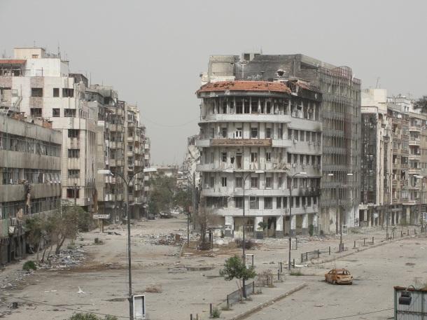 سوريا-حمص-21-10-2012-اثار-الدمار-نتيجة-قصف-كتائب-الاسد-تصوير-محمد-الابراهيم-مراسل-شام-108